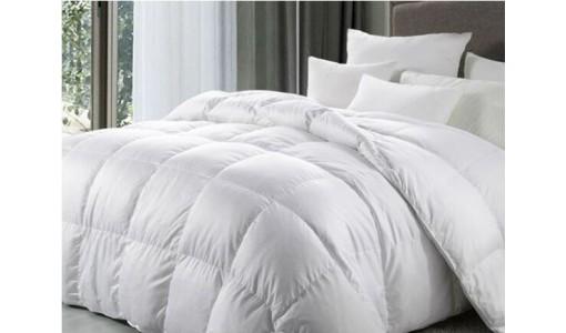 Zimowa kołdra puchowa silikonowa 200/220 +4 poduszki